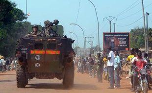 Des tirs d'armes automatiques et des détonations plus lourdes étaient entendus jeudi à l'aube dans plusieurs quartiers de Bangui, la capitale centrafricaine, ont constaté des journalistes de