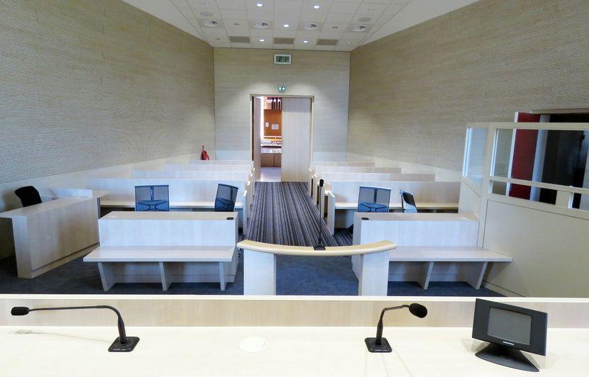 Saint-Malo: Un homme condamné pour avoir obligé sa femme à arrêter de travailler