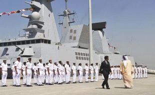 Sarkozy a inauguré la base hier.
