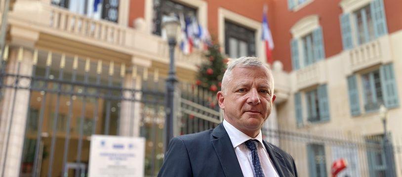 Benoît Kandel, membre du CNIP, peut désormais compter sur le soutien du candidat de Debout la France