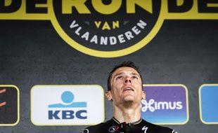 Philippe Gilbert sur le podium après avoir remporté le Tour des Flandres, le 2 avril 2017.