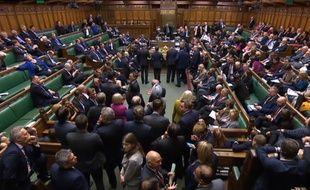 Brexit: Les députés votent pour des législatives anticipées le 12 décembre