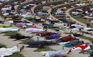 inde des cours de yoga gratuits pour les fonctionnaires