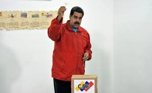Le président vénézuélien Nicolas Maduro, le 6 décembre 2015 à Caracas