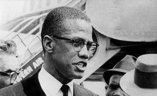 Malcolm X a été tué par balles en février 1965.