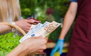 En dehors de certaines situations bien spécifiques, les commerçants n'ont pas le droit de refuser les paiements en espèces.