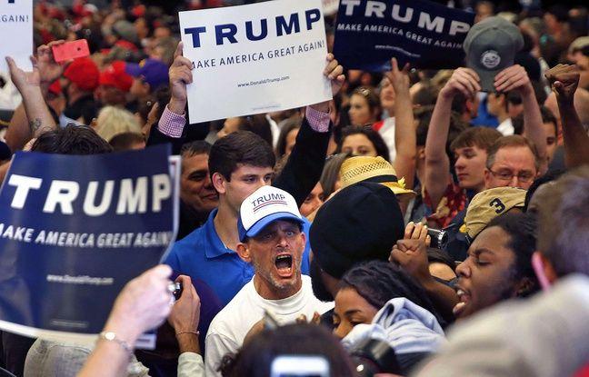 Un supporteur de Donald Trump hue des manifestants qui dénoncent le racisme au nom du mouvement «Black lives matter» lors d'un meeting du candidat à la Nouvelle-Orléans, le 4 mars 2016.