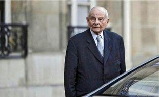 Jacques Servier, président du laboratoire éponyme, devant l'Elysée.