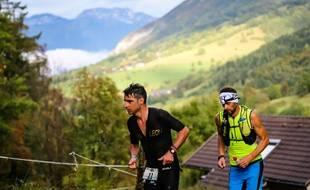 Le vainqueur du premier Alpsman, Cédric Jacquot, dans la montée final vers le sommet du Semnoz en octobre 2016.