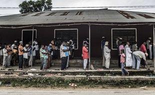Des hommes en train de prier à Zanzibar (illustration).