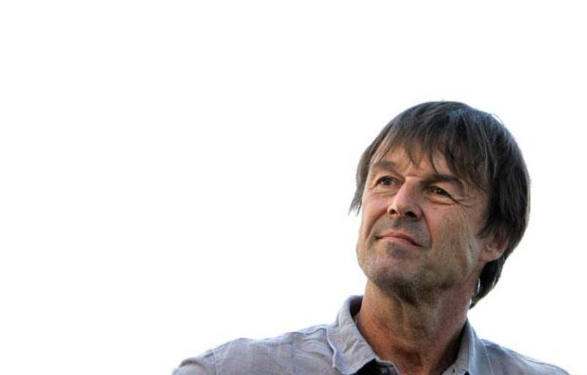 Nicolas Hulot, lors d'un déplacement à Fervaches, le 4 juillet 2011. – K. TRIBOUILLARD / AFP