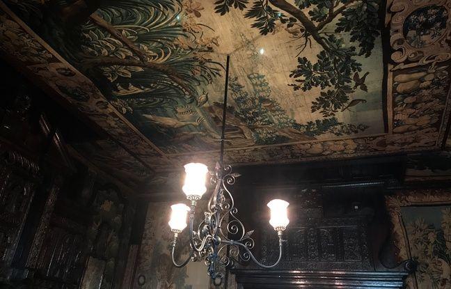 Plafond du salon de tapisserie de la maison de Victor Hugo à Guernesey.