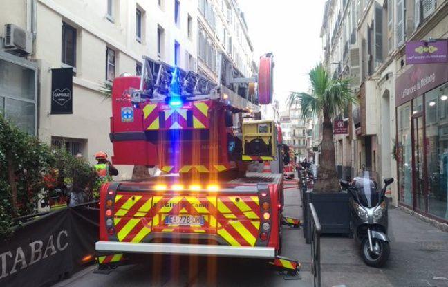 Marseille: Un homme gravement brûlé au visage lors d'un incendie dans le centre-ville