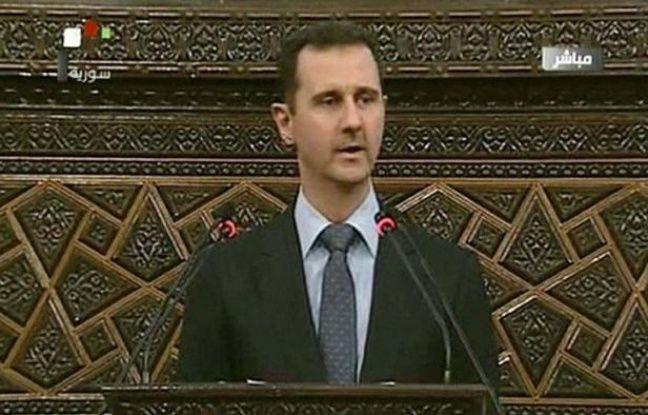 """Le président syrien Bachar al-Assad, confronté à une insurrection populaire depuis plus de 15 mois, a affirmé dimanche que son pays faisait face à un plan """"de destruction"""" en mettant de nouveau en cause """"l'étranger""""."""
