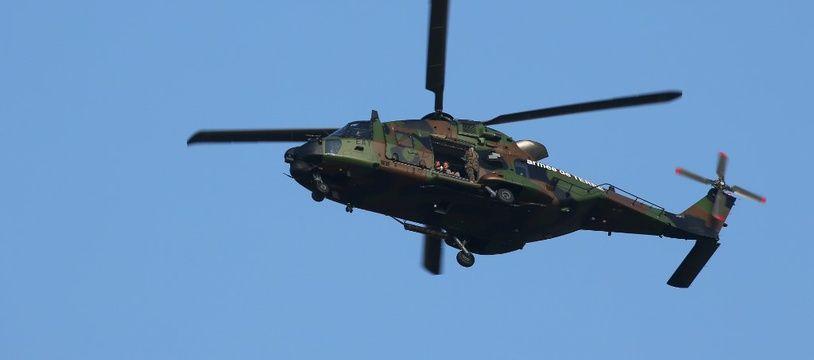 C'est un hélicoptère Caïman (comme celui-ci) mais de l'armée Belge qui a fait les recherches. (illustration)