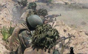 L'armée sri-lankaise a affirmé lundi avoir découvert les corps de 50 rebelles tamouls dans le nord-est du Sri Lanka théâtre d'âpres combats entre les troupes de Colombo et un dernier carré des Tigres de libération de l'Eelam tamoul (LTTE).