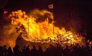 Le Up Helly Aa est une tradition vieille de 140 ans dans les Shetland.
