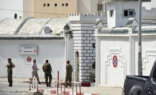 C'est dans la caserne Bouchoucha, à Tunis, qu'un caporal a tiré sur ses camarades, faisant plusieurs victimes, le 25 mai 2015.