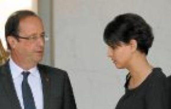 Najat Vallaud-Belkacem (à dr.) et François Hollande, mercredi.