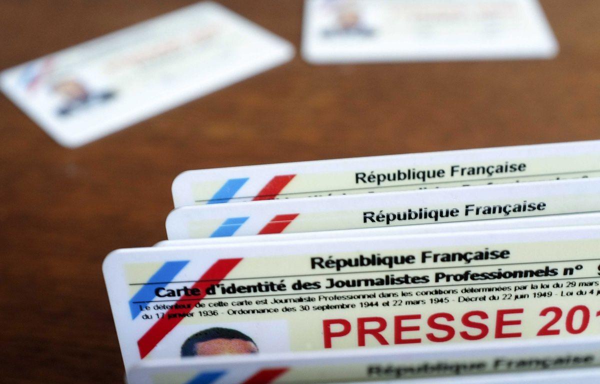 Les cartes de presse sont délivrées Commission de la carte d'identité des journalistes professionnels (CCIJP).  – LODI FRANCK/SIPA