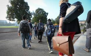Illustration.Strasbourg le 08 septembre 2014-Eleves du collège Galilée.