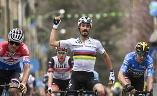 Alaphilippe s'est imposé en patron lors de la 2e étape du Tirreno-Adriatico.