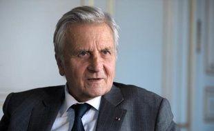"""Jean-Claude Trichet, qui fut le patron de la BCE après avoir été l'un des rédacteurs du traité de Maastricht, évoque, 20 ans après son entrée en vigueur, une Europe """"au milieu du gué"""", inquiet du """"malaise"""" des citoyens."""