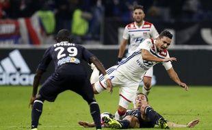 Ici taclé par Nicolas De Préville, Rafael n'a pas cherché à nier la mauvaise passe lyonnaise après le nul heureux (1-1) contre Bordeaux.
