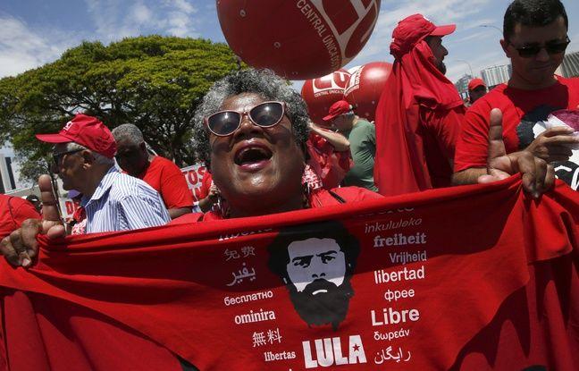 Une manifestation du Parti des travailleurs en soutien à Lula le 30 octobre 2019 à Brasília.