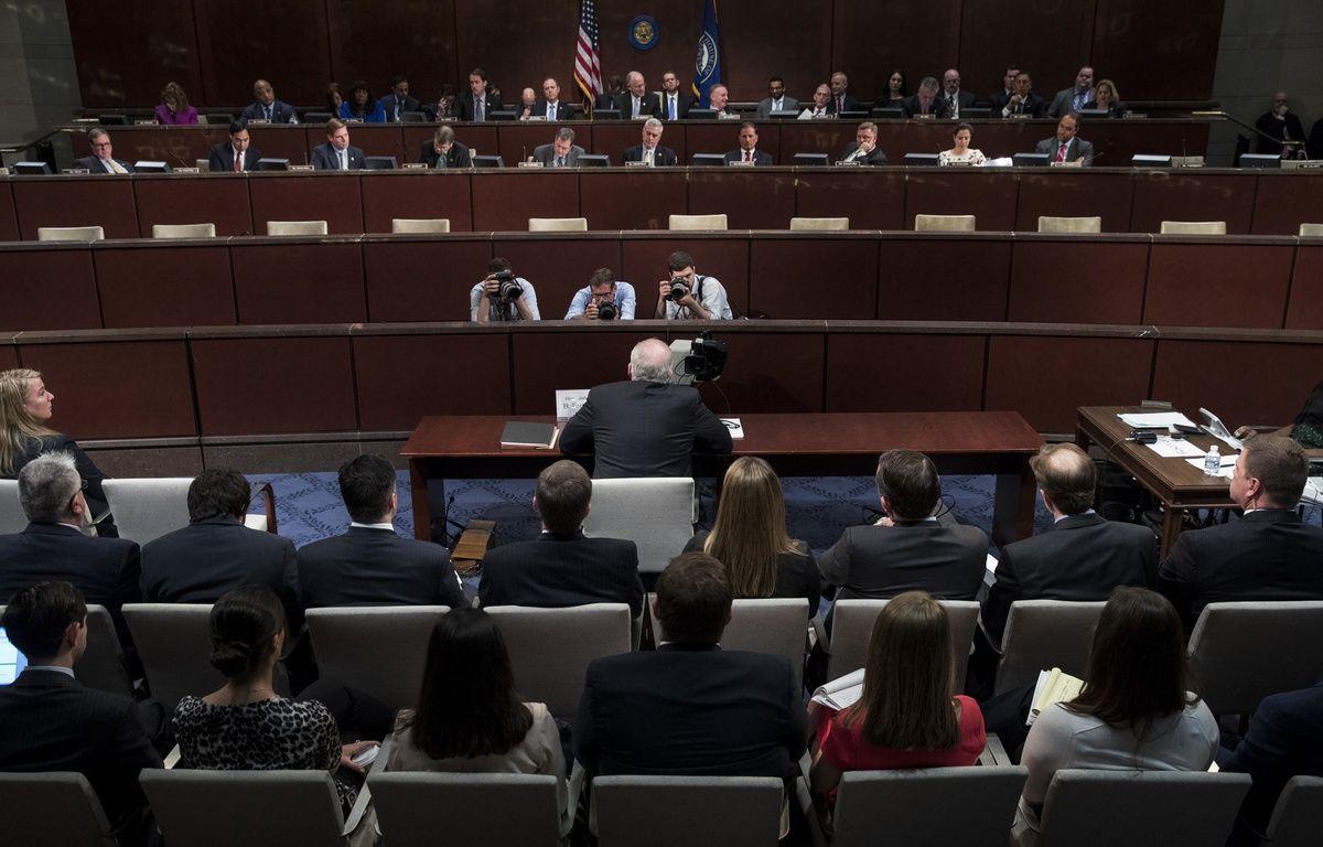 L'ancien directeur de la CIA, John Brennan, lors de son audition au Congrès le 23 mai 2017 à Washington.  – Drew Angerer / GETTY IMAGES NORTH AMERICA / AFP