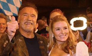 L'acteur Arnold Schwarzenegger et sa compagne Heather Milligan