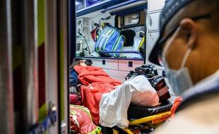 Une ambulance chinoise, illustration