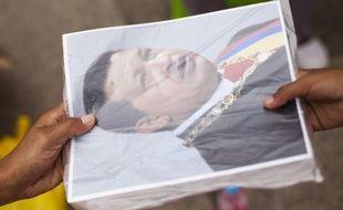 Le Conseil de Paris a refusé lundi d'attribuer le nom du défunt président vénézuélien Hugo Chavez à un lieu de la capitale, comme le proposait le groupe PCF-PG.
