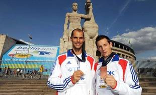 Romain Mesnil et Renaud Lavillenie avaient remporté l'argent et le bronze aux championnats du monde d'athlétisme à Berlin en 2009.