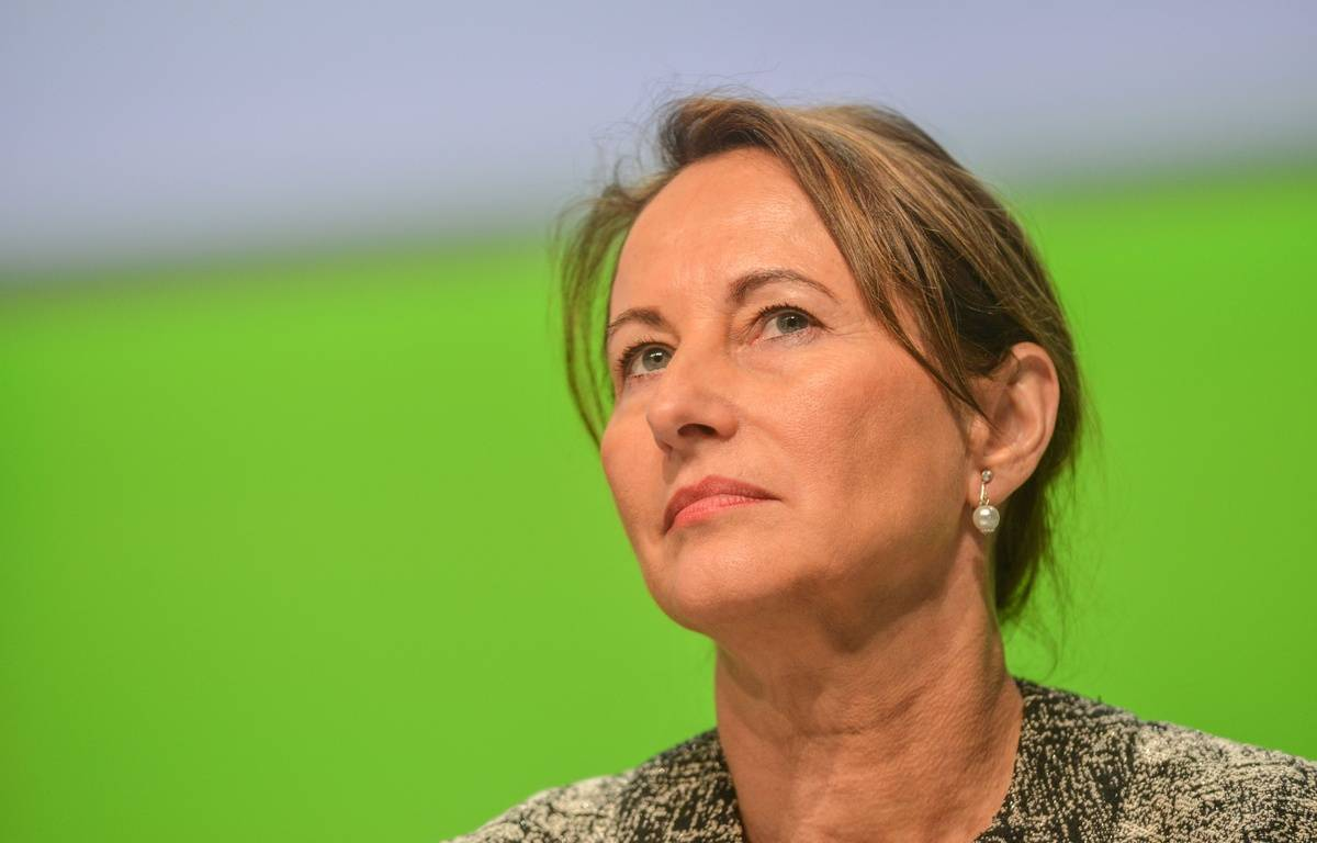 French minister of Ecology, Sustainable Development and Energy Segolene Royal attends the 16th Territorial Collectivities' Energy Conference (16eme Assises de l'energie des collectivites territoriales ) in Bordeaux, FRANCE-29/01/2015.  /AMEZUGO_1900.22/Credit:UGO AMEZ/SIPA/1501291958 – SIPA