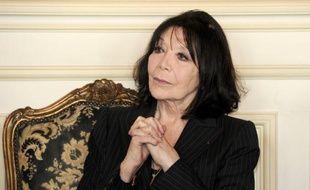 La promotion du 14 juillet de la Légion d'honneur, publiée samedi au Journal officiel, récompense notamment Simone Veil, à l'origine de la loi autorisant l'IVG, ou encore des artistes à l'instar de Juliette Gréco et Michel Blanc.