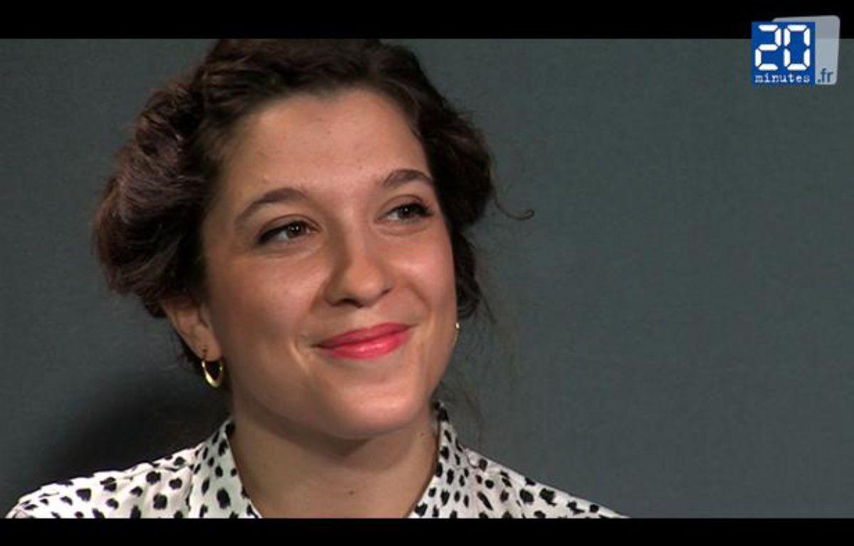 Sophie Maurin en live dans le studio de «20 Minutes» interprète «Far away». – JD-TL / 20 Minutes