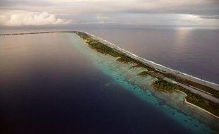 L'atoll de Mururoa, en Polynésie française, en juin 2000.
