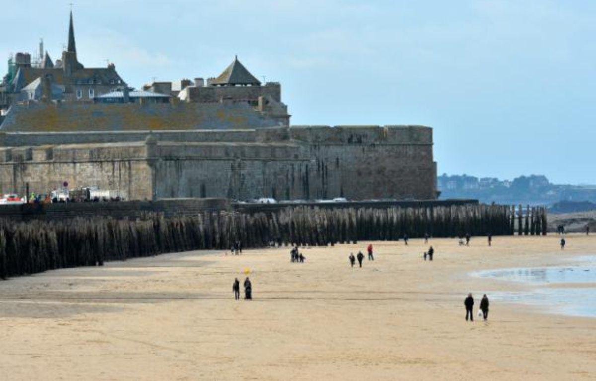 Vue d'une plage de Saint-Malo, le 19 février 2015 – GEORGES GOBET AFP