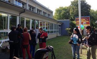 Le 9 septembre 2015 à Berlin. Le gymnase Jahn-Sporthalle de Neukölln a été transformé en centre d'hébergement d'urgence pour des réfugiés.