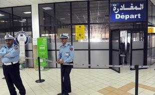 """Dès aujourd'hui, les voyageurs à destination du Maroc n'auront plus à remplir la fameuse """"fiche de police"""" avant de passer les contrôles."""