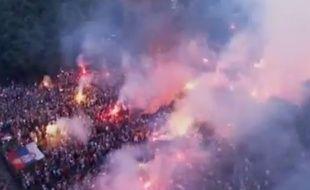 L'équipe des 20 ans serbe a été accueilli par 50.000 supporters à Belgrade après son titre de championne du monde, le 22 juin 2015.