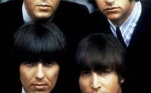 """""""Sgt Pepper's lonely hearts club band"""", album légendaire des Beatles, souffle vendredi ses quarante bougies, un anniversaire marqué par plusieurs événements à travers le Royaume-Uni."""