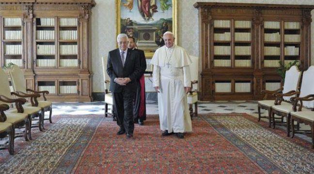 Le Pape François a reçu Mahmoud Abbas au Vatican en octobre 2013.  – GALAZKA/SIPA