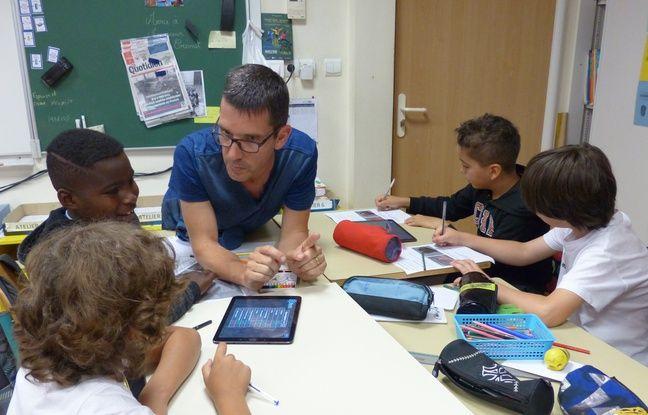 Denis Le Grand avec ses élèves Laval, 28 juin 2017.