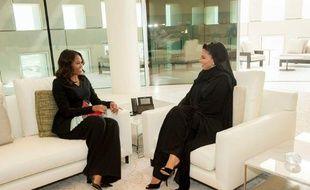 Michelle Obama (à gauche) rencontre sa majesté Sheikha Moza bint Nasser, de la fondation du Qatar, à Doha le 3 novembre 2015