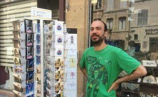 Arnaud Busquet et ses cartes postales.