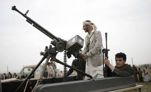 Des combattants rebelles au Yémen