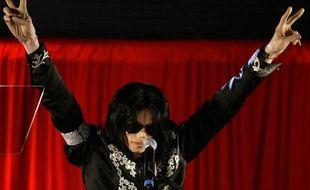 Michael Jackson lors de son ultime conférence de presse londonienne