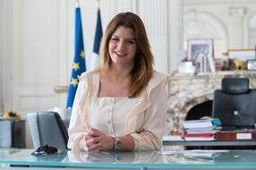La ministre déléguée chargée de la citoyenneté, Marlène Schiappa, annonce la création de brigades de policiers en civil pour lutter contre le harcèlement de rue.